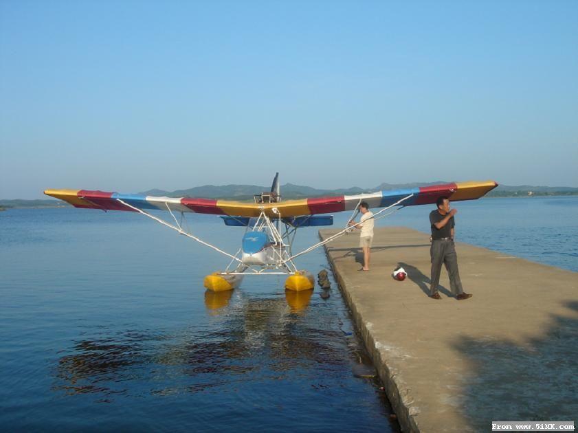 a2c飞机是中国特种飞行器研究所研制的多用途水陆两用超轻型水上